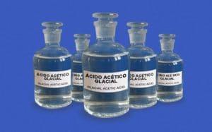 cómo es el ácido acético glacial